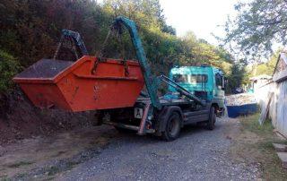 товарене-на-контейнер-за-отпадъци