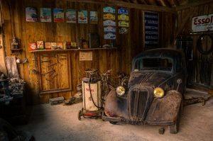 garage-943249_640